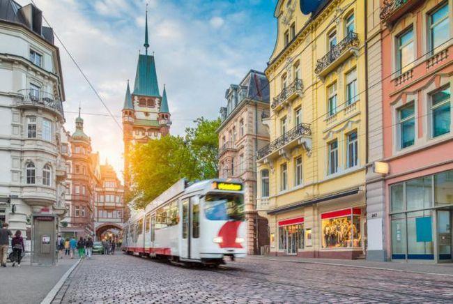 11 Най-красиви европейски трамваи