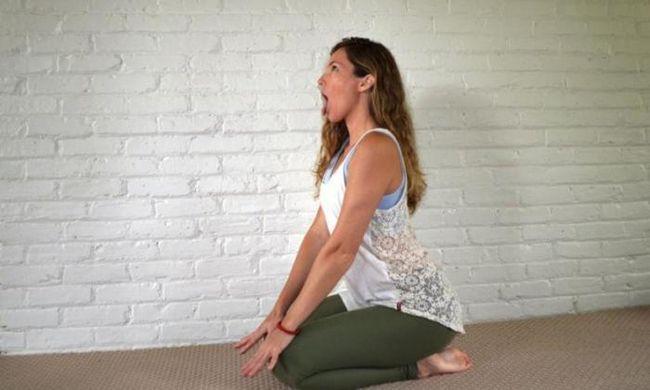 12 Упражнения йога за лице за отслабване
