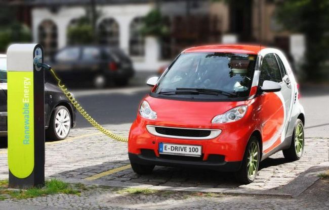 Безжичното зареждане скоро ще се превърне в реалност за електрически автомобили