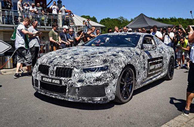 Как ще се различава BMW M8 от предшествениците си?