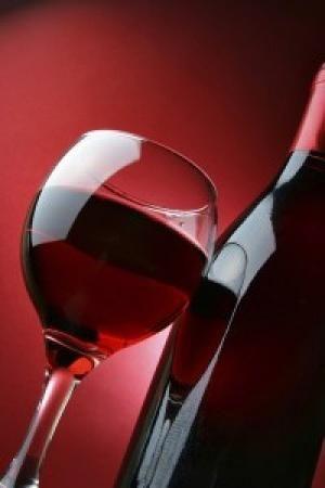 Рецепта за домашно приготвено вино от касис