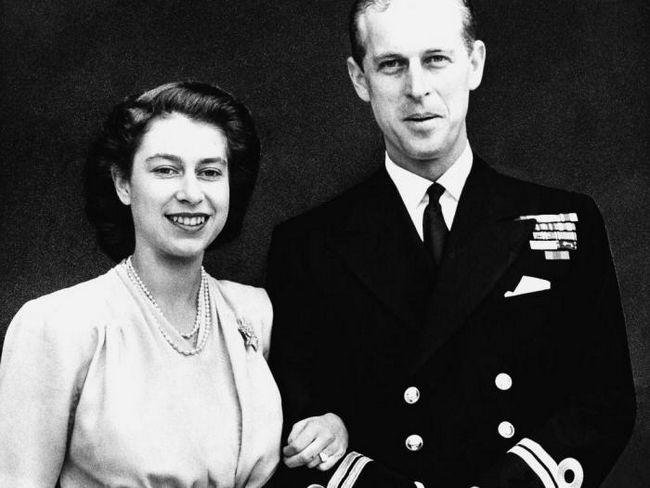 Елизабет II и нейният съпруг от 70 години заедно: историята на брака на кралската двойка