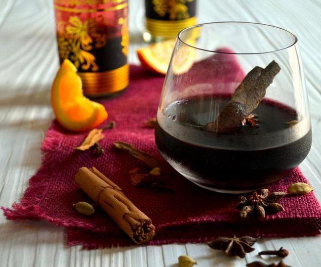 как да пиете греяно вино в бутилка
