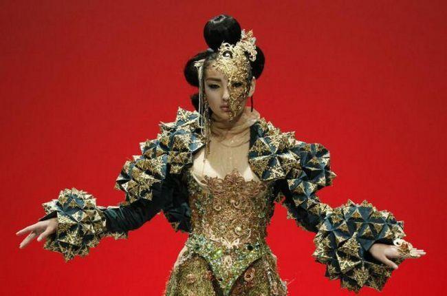 Гуо Пей: висока мода за пролетта на 2018 г.