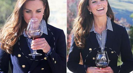 как да запазите чаша вино с момиче