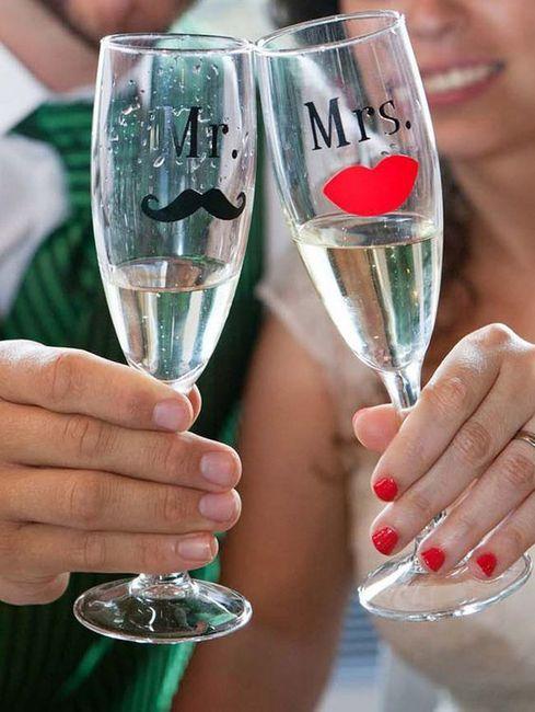 Как да украсим очилата за сватбата със собствените си ръце? идеи