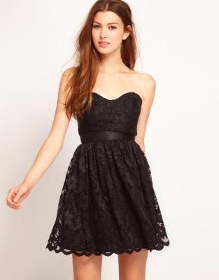 дълга черна рокля с дантела
