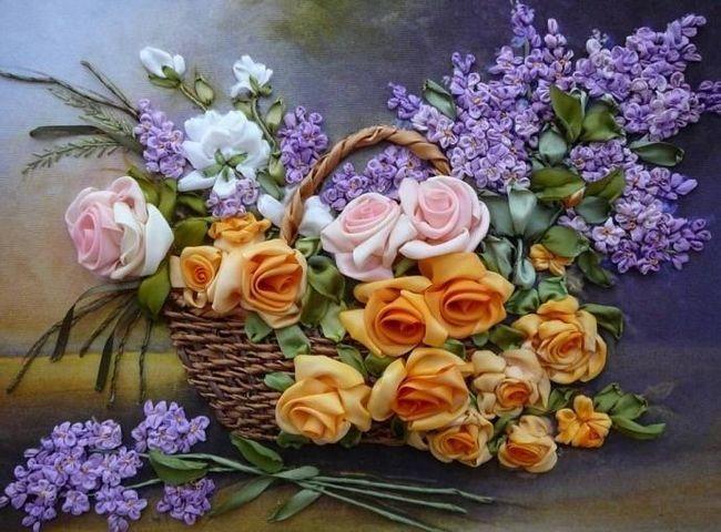 Бродирането на цветя с панделки е забавна дейност и прекрасно хоби