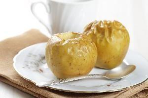печене ябълки в микровълнова фурна