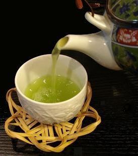 чайът повишава или намалява налягането